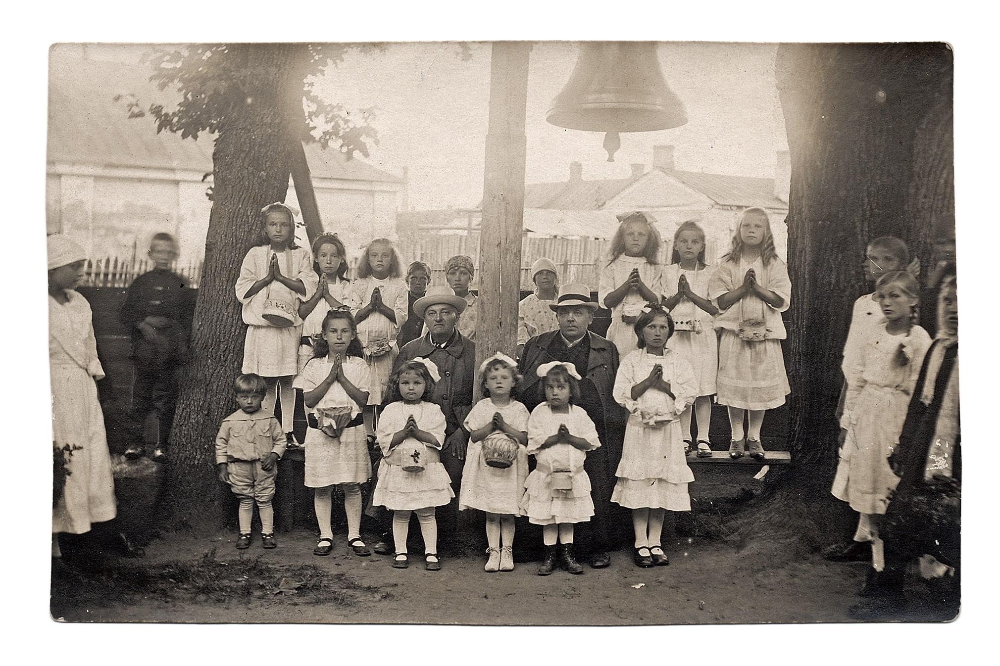 Šv. Juozapo bažnyčios varpo šventinimas, 1928 m.
