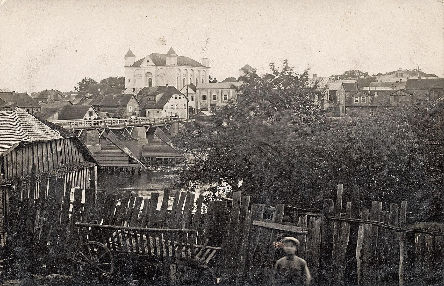 Vaizdas į Kėdainius, centre evangelikų reformatų bažnyčia, 1928 m.