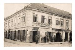 Lietuvos ūkio banko Kėdainių skyrius Gedimino (dabar Didžiosios) ir Sinagogų (dabar Senosios) gatvių kampe